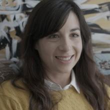 """רוני קידר כותבת על סדרת הרשת המטורפת שלה """"בטיפלול"""""""