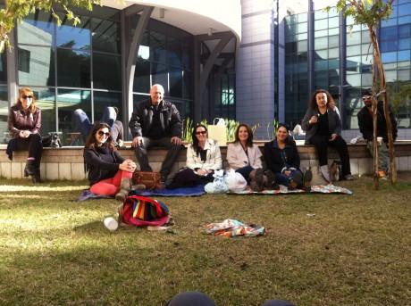 קורס תסריטאות למתקדמיםות - איפה לומדים תסריטאות בדשא?